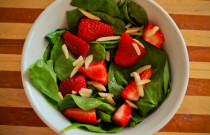 Simple Summer Strawberry Salad Recipe