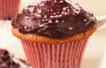 Don't Fight That Sweet Tooth: Try This Healthy Cupcake Recipe