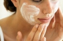 Do You Moisturize Everyday? Here Is Why You Should