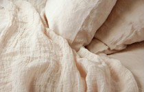 DIY: Make Your Bed The Comfiest Place