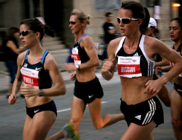 Mile 3, leading ladies