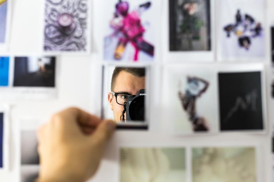 selfie-portrait-picture-photo-large