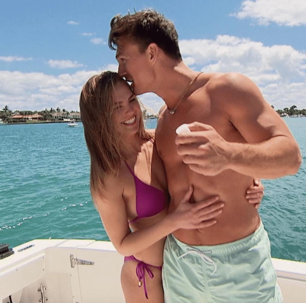 Tyler Cameron kissing Hannah Brown in Florida