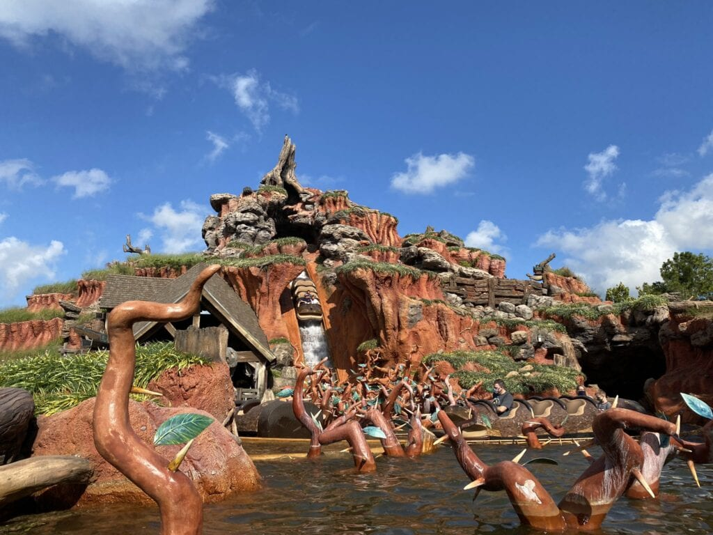 Disneyland attraction Splash Mountain