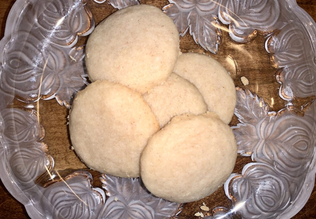 Plate of chai shortbread cookies