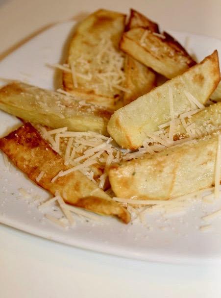 Air Fryer Garlic Parmesan Potato Wedges