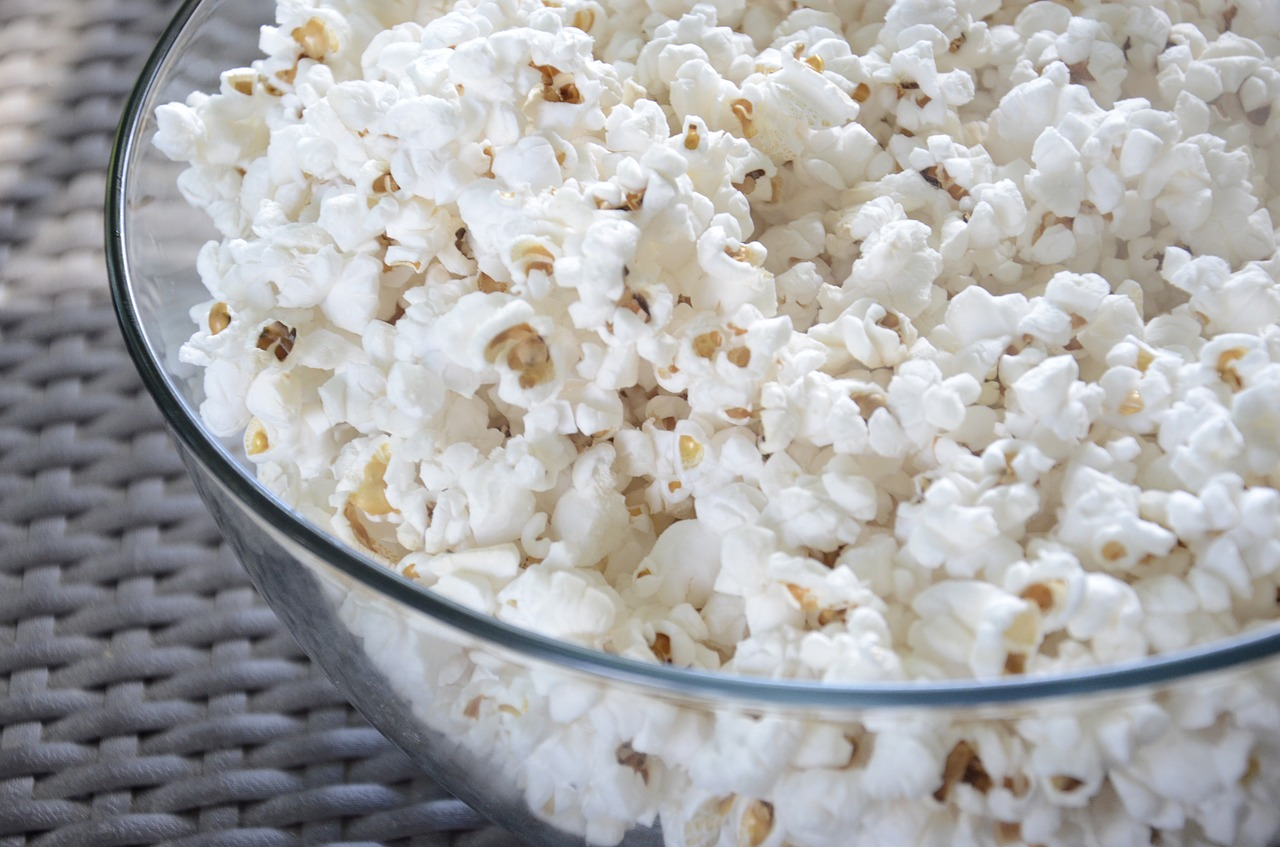 Popcorn is a healthy replacement for chips