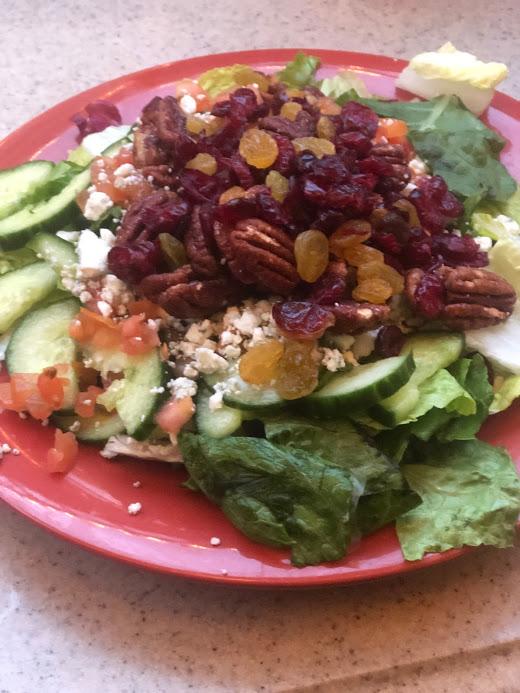 Salad for brain health