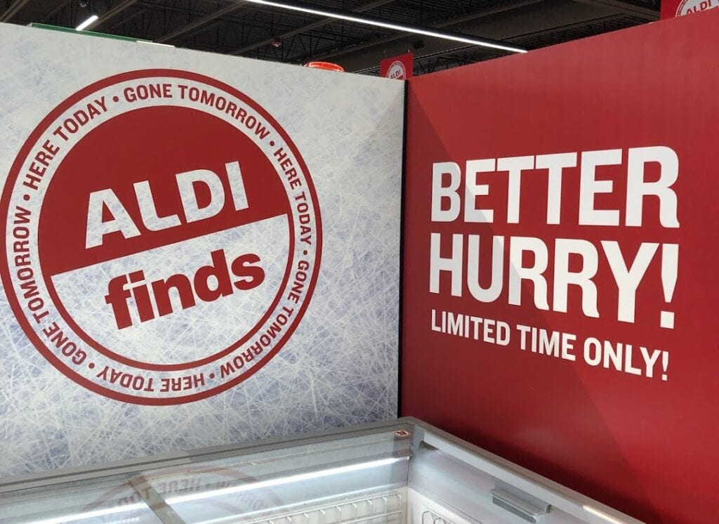 Aldi finds red sign