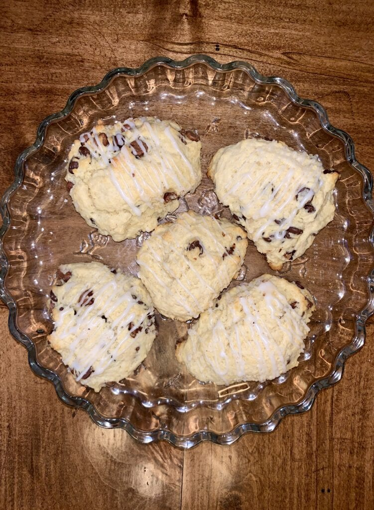 Plate of 5 chocolate chip scones