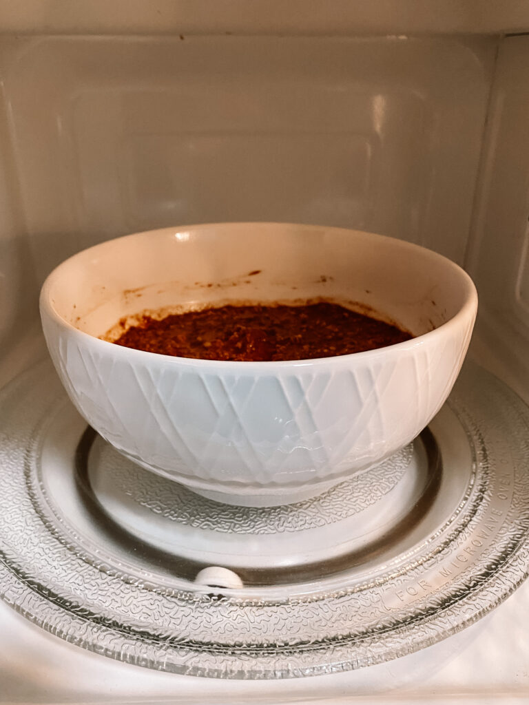five minute baked oatmeal in the microwave